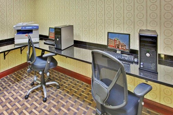 Holiday Inn Express Hotel & Suites Dewitt (Syracuse): Business Center