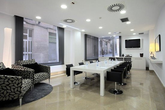 Hesperia Ramblas: Meeting room