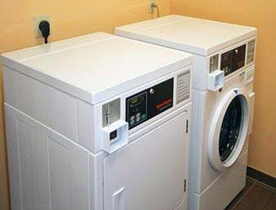 Pennsville, NJ: Laundry
