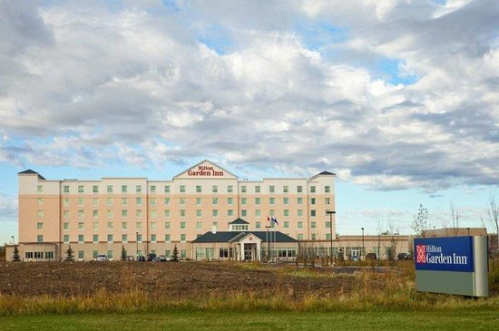 Hilton Garden Inn Edmonton International Airport: Exterior