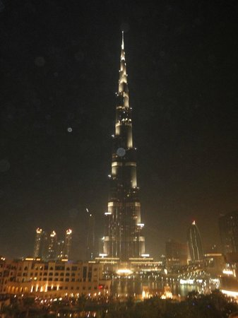 The Address Downtown Dubai: View at night of Burj al Khalifa