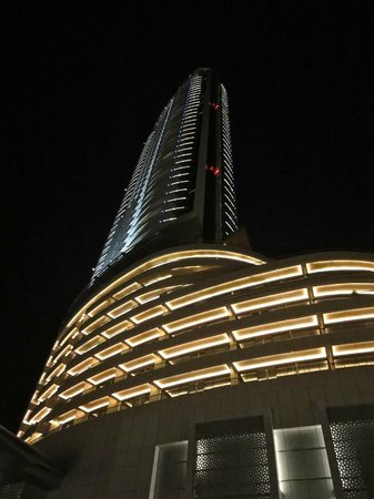The Address Downtown Dubai: View of hotel at night