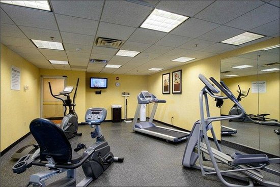 Holiday Inn Express Philadelphia NE - Bensalem: Fitness Center