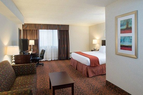 Holiday Inn Express Philadelphia NE - Bensalem: Executive Suite 2