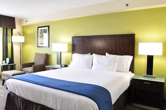 King Bed Standard at the Holiday Inn Express National City
