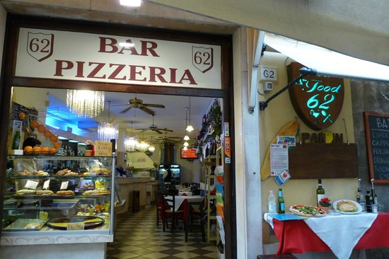 Province of Pisa, Italien: Bar&Food 62
