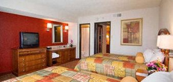 El Paso Suites Hotel: Double Bedroom
