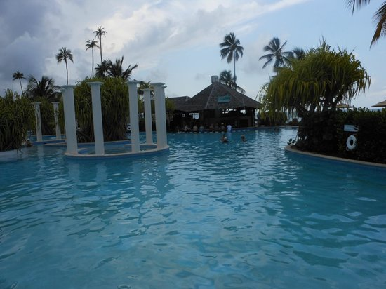 Gran Melia Golf Resort Puerto Rico: Pool and swim up bar