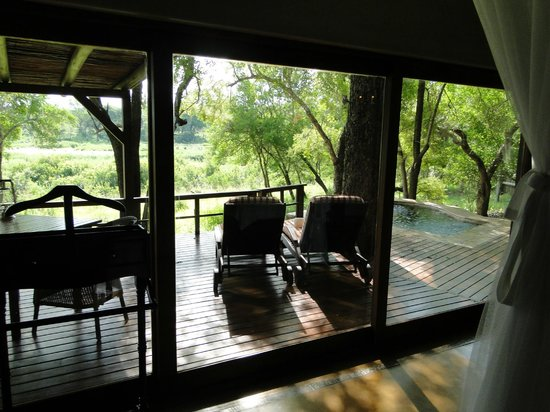 Tinga Private Game Lodge: Vista da suite