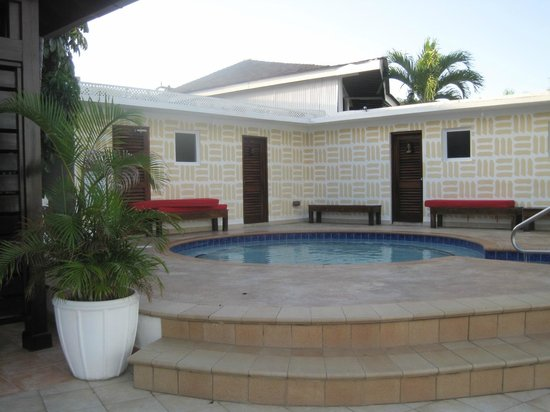 Royal Decameron Montego Beach: hot tub, sauna, massage area