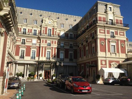 Hotel du Palais, Biarritz, entrance