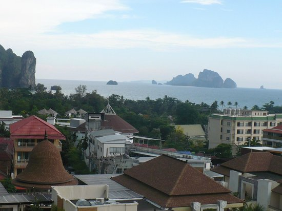 Aonang Cliff Beach Resort: Ocen views from our balcony