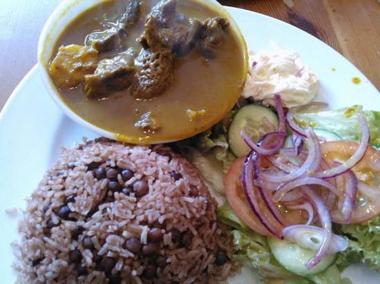 Bridgend, UK: Curry goat