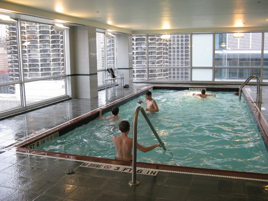 Springhill Suites Chicago Downtown / River North: Piscine