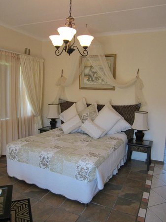 Elephant Coast Guest House: our room