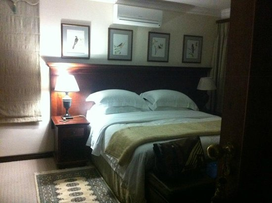 Blaauwheim Guest House: Master Bedroom of Suit upstairs