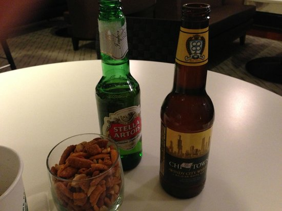 Sheraton Chicago Hotel and Towers: Some beers and snacks before bed - why not?