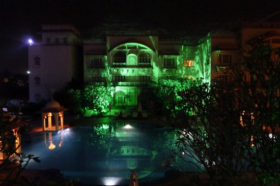 Vivanta by Taj - Hari Mahal, Jodhpur: Beautifully lit at night