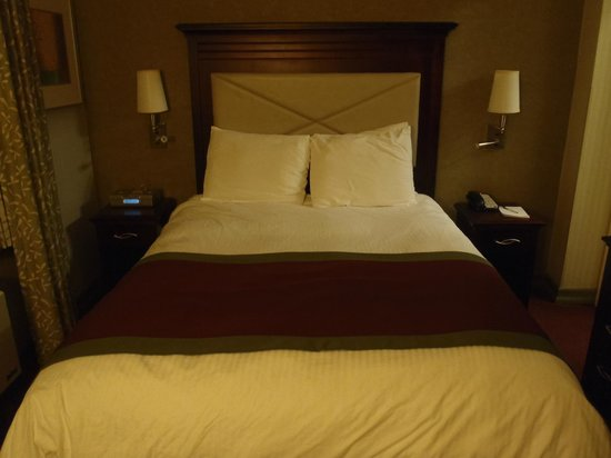 The Hotel at Times Square: Bed and no room for much else