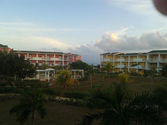 Hotel Playa Coco : View from Balcony of Blue Building towards the beach (2nd floor)