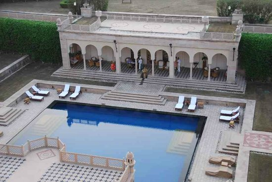The Oberoi Amarvilas: pool