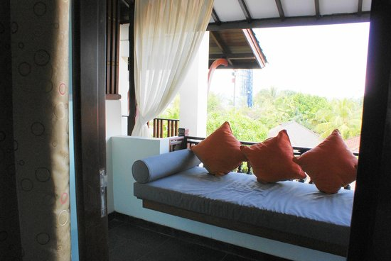 Kuta Seaview Boutique Resort &amp; Spa : balcon 