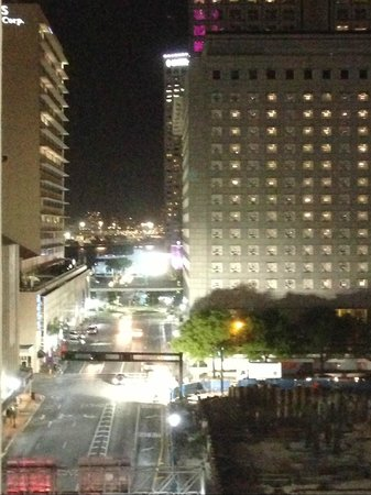 Courtyard by Marriott Miami Downtown: View from room on 7th floor
