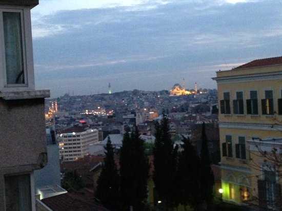 Witt stanbul Hotel: View from our window at the Witt
