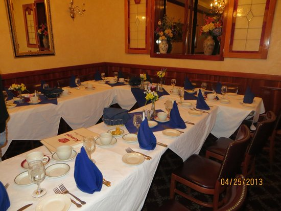 Floral Park, NY: Tables set up for 14