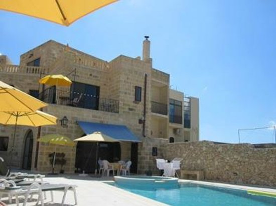 Qala, Malta: Pool area