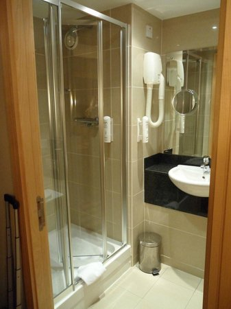 ‪‪BEST WESTERN PLUS Academy Plaza Hotel‬: Bathroom‬