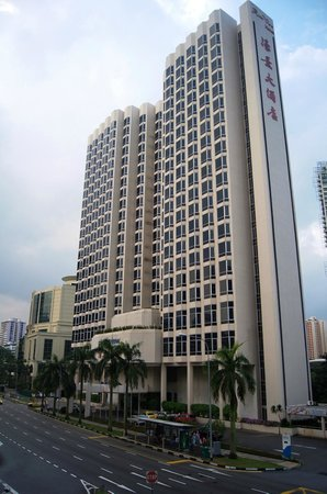 Riverview Hotel Singapore: The Hotel