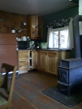 Colville, WA: Kitchen area