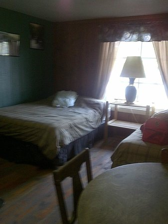 Colville, WA: Cabin new beds