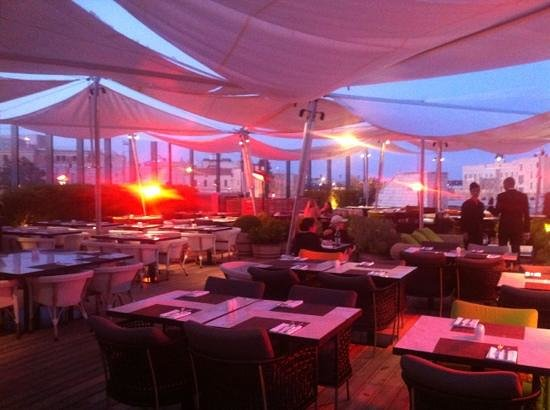 Mamilla Hotel: roof bar