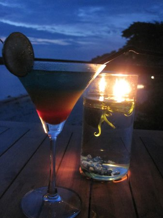 Jeeva Klui Resort: Cocktails at sunset