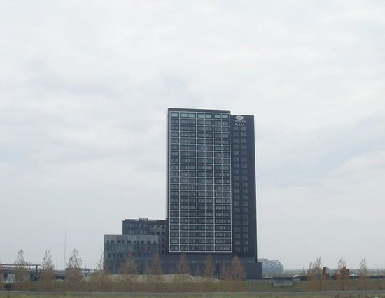 Crowne Plaza Copenhagen Towers: View from the Fields ;)