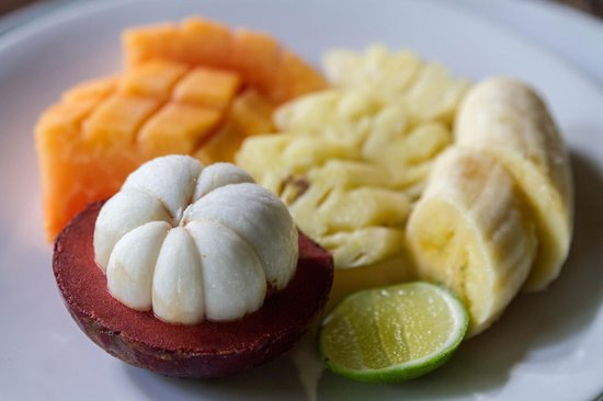 Omah Apik: Breakfast fruit