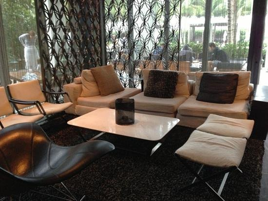 W South Beach: seating in lobby Area