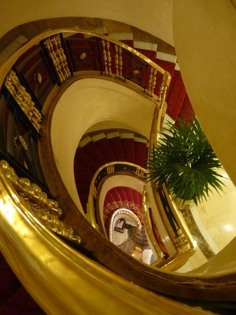 Gran Melia Fenix: escalier de l&#39;htel