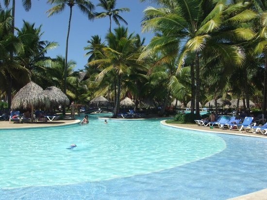 "Tropical Princess Beach Resort & Spa: piscine ""française"""
