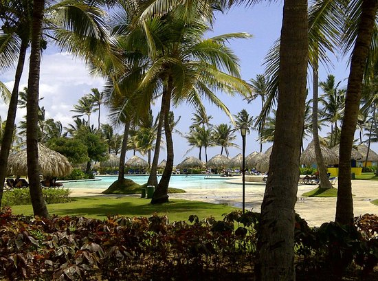 Tropical Princess Beach Resort &amp; Spa