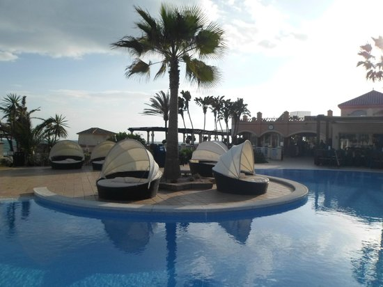 Marriott&#39;s Marbella Beach Resort: pool