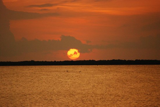 Hampton Inn Key Largo: Sunset