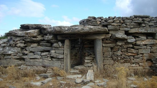 Karystos, Greece: The dragon house close to Marmari