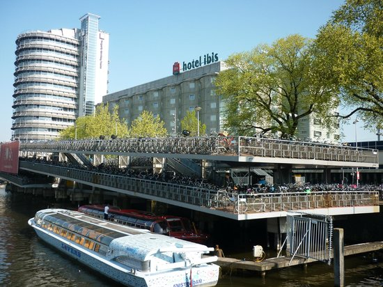 Ibis Amsterdam Centre: hotel vu de face