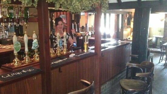 Faversham, UK: bar with staff!