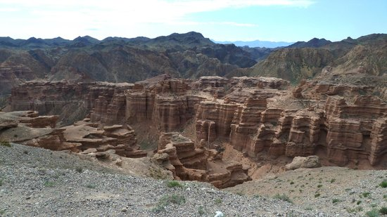 Kazajstn: Charyn Canyon from the top