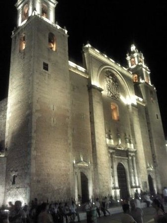 Luz En Yucatan: Cathedral in the Plaza