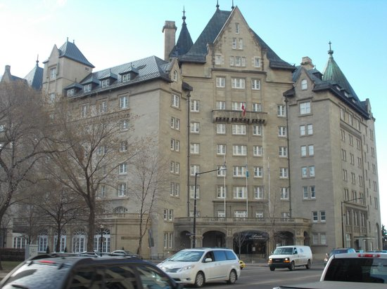 The Fairmont Hotel Macdonald: MacDonald